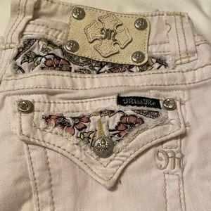 MissMe White Embroidered Denim Capri size 26